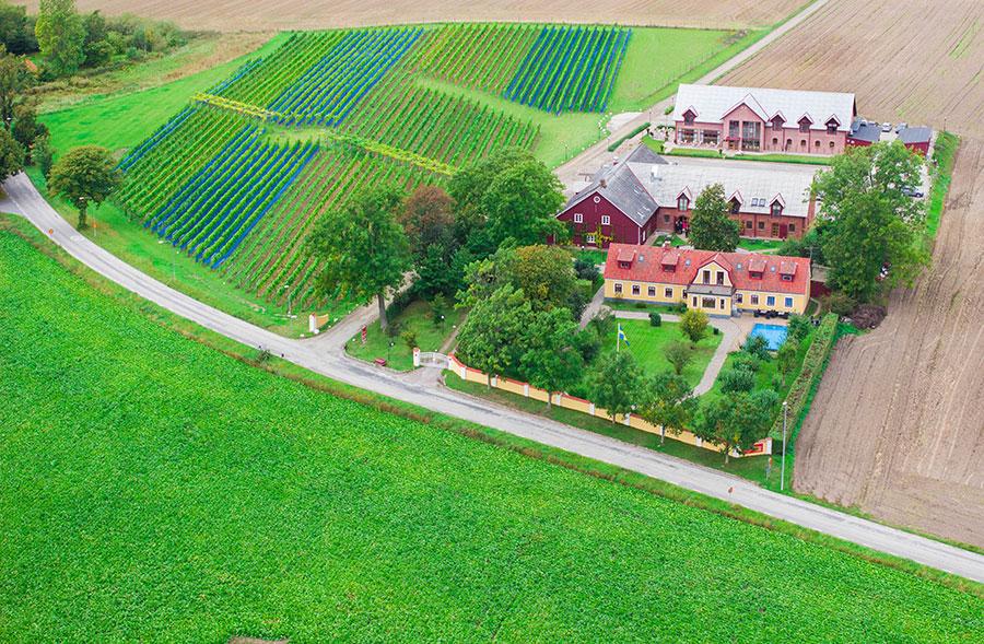 Alltförfest.se presenterar flygfoto på Flädie mat & vingård